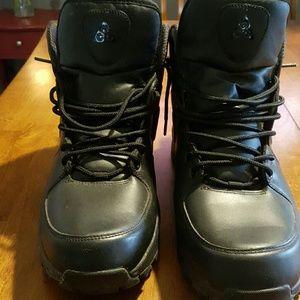 Nike mens hiker boot